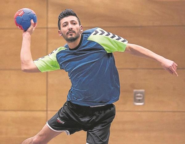 TSV Korbach, 02/16 Neuzugang aus Syrien bei den Korbacher Handballern. Foto: Artur Worobiow